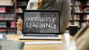 Never stop learning quote in a computer laptop screen